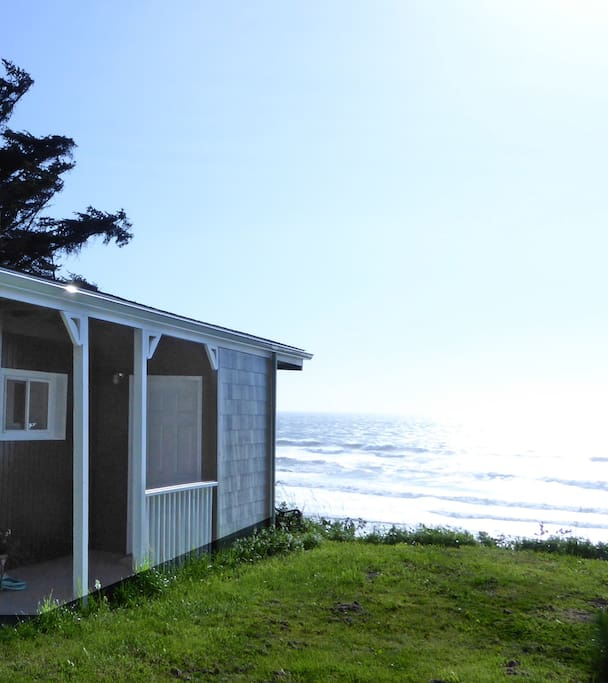 close up of front of house to get ocean to show...