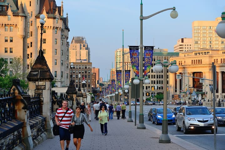 Nice Clean Condo for Business Traveler - Ottawa - Hotel boutique