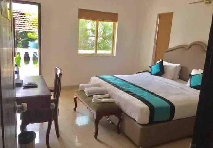 Luxurious 3BH Aparthotel with Wifi and Pool Anjuna