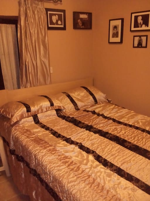 Double bed with closet space and Tempur mattress