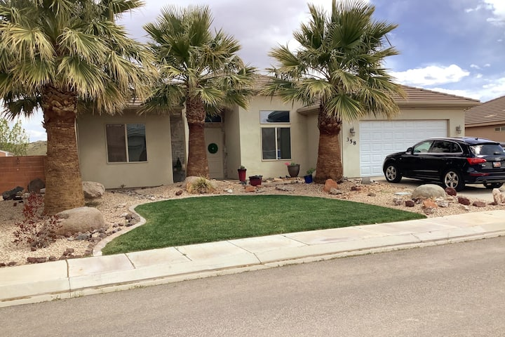 Enjoy Southern Utah with the conveniences of Home!