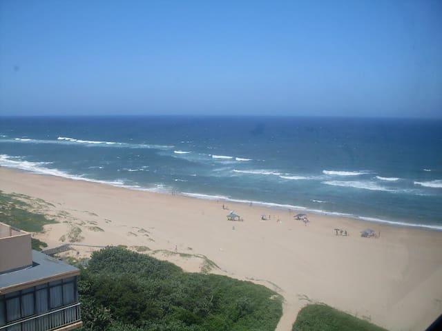 Beachfront Apartment - Amanzimtoti - Byt