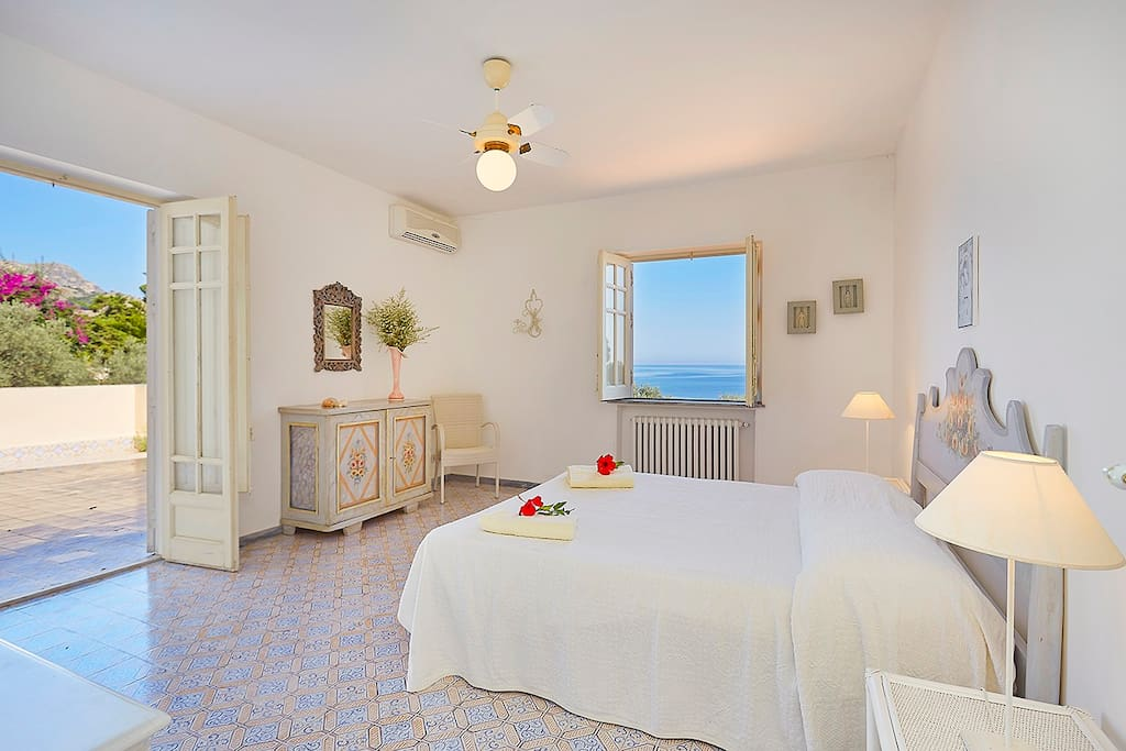 3^Master bedroom with private terrace  sea view