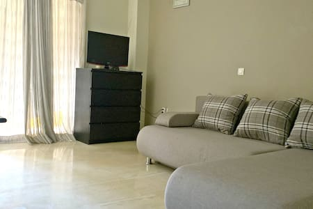 COZY STUDIO NEXT TO SEA SIDE - Paleo Faliro - Appartement