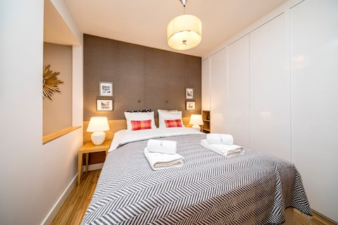 Golden Apartament by Your Freedom