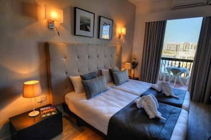 Superbe hôtel St Julian's malte