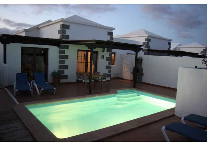 Vacation Home Villa Gauda with Mountain Views, Wi-Fi, Private Pool, Covered Terrace & Garden