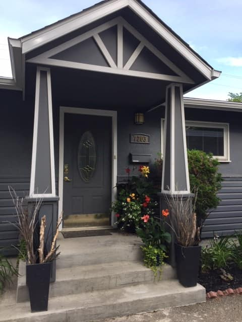 Clean and Comfortable Lower Level of Bungalow.