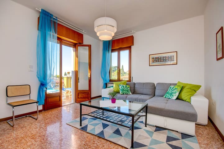 Colorful Flair with Sea View - Apartment Le Vele
