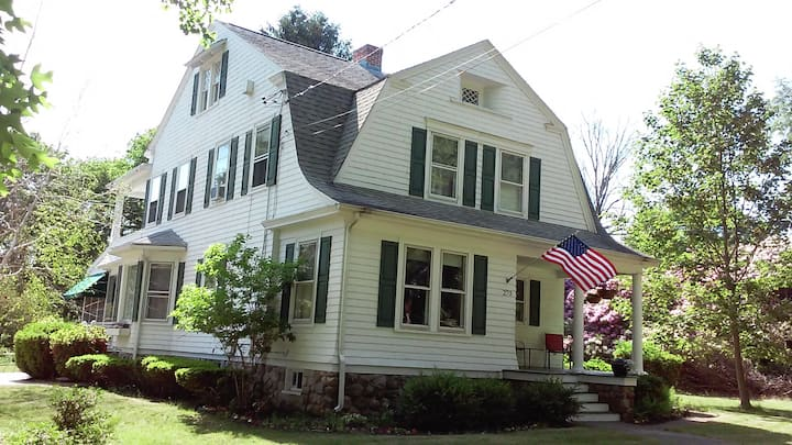 Cozy room, charming home. Sub base, EB, L&M, UCONN