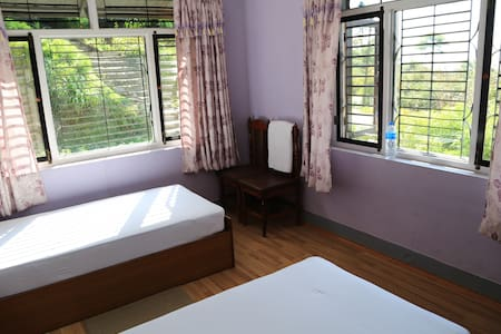 Hotel Mount Paradise  (Twin Room with Shared bath)