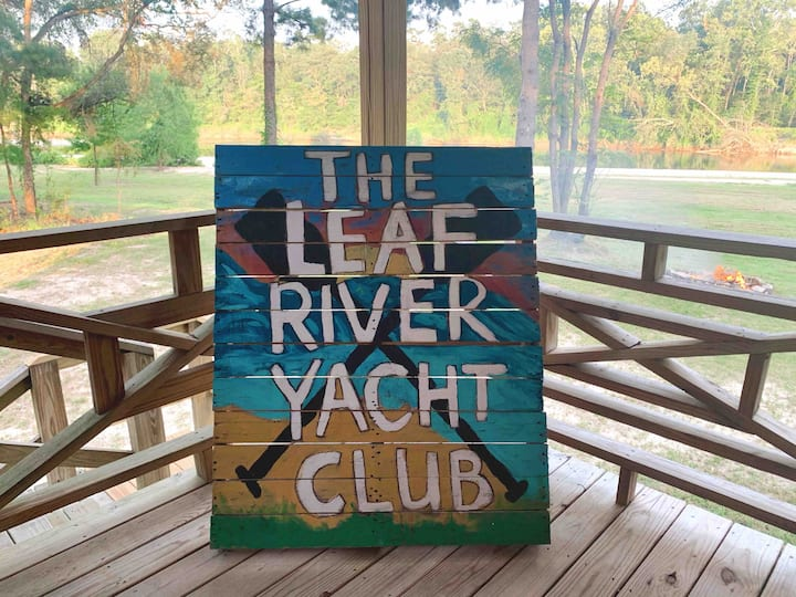 The Leaf River Yacht Club