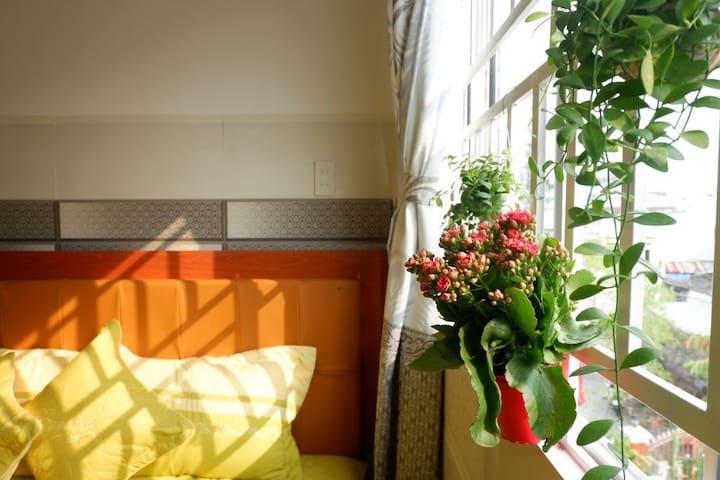Luxury Apt - sunny balcony&window @central CanTho