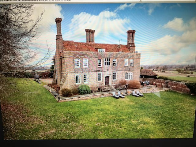 Historic Manor House in the heart of the Chilterns - Wendover - Hus