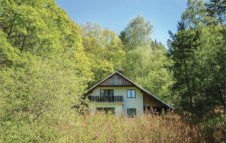 Holiday cottage with 2 bedrooms on 70 m² in Zbiroh