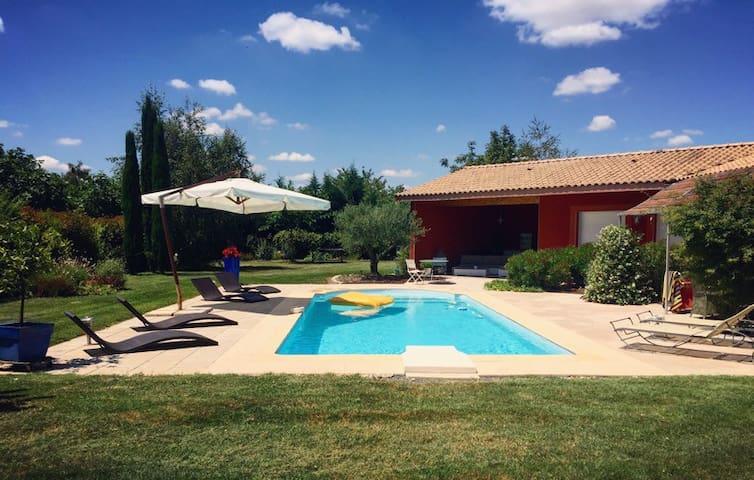Grande villa avec piscine proche Toulouse