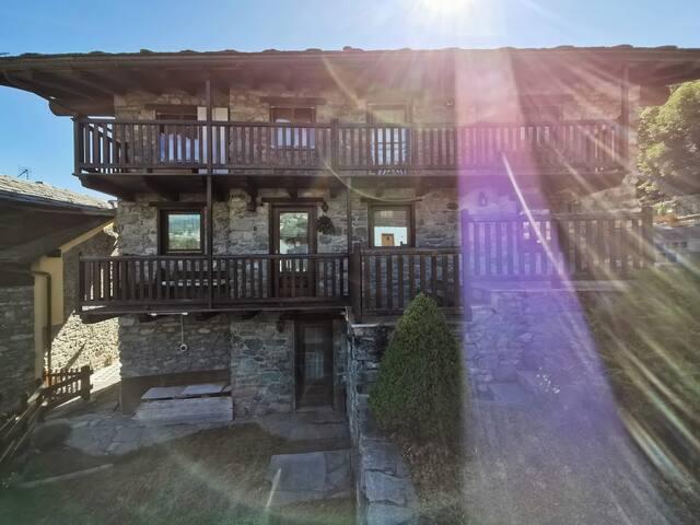 Casa Privata con giardino a Torgnon