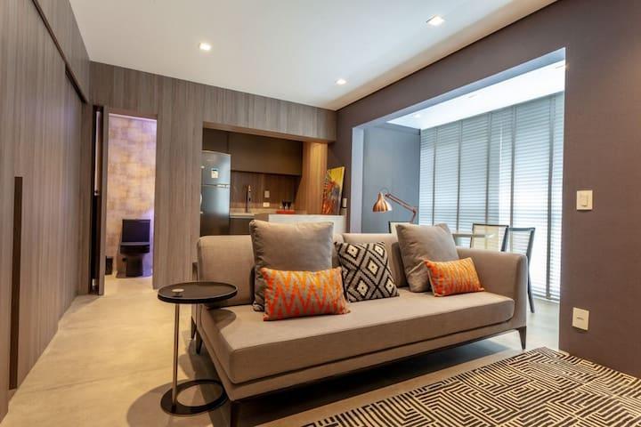 Luxuoso loft no Itaim bibi | decoração impecável