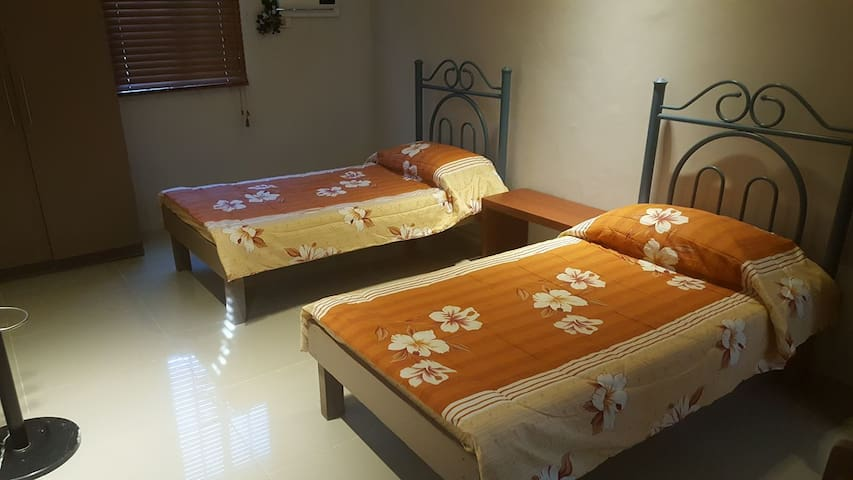 Blissful Bed & Breakfast (Room 2) - Tacloban City
