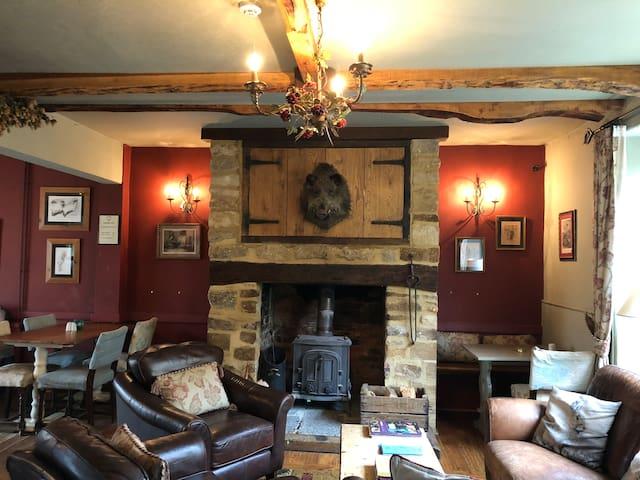 The Barrington Boar - Grey Room