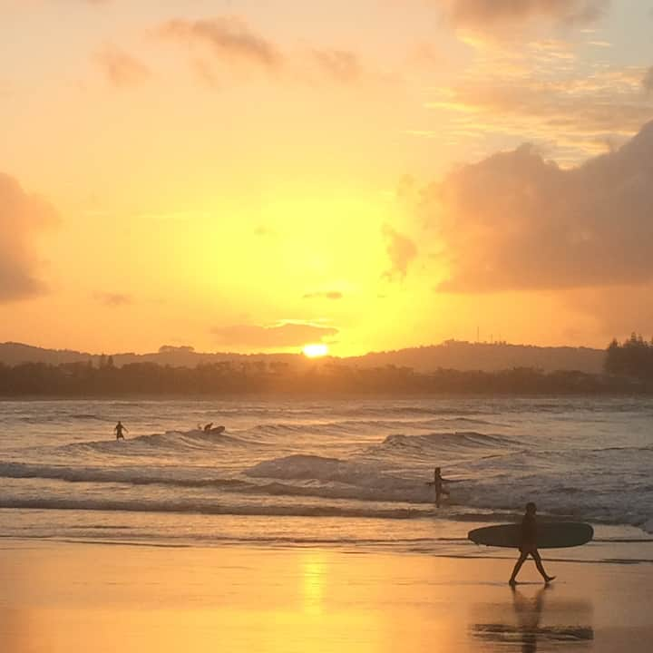 One of the many sunset beaches -The Pass