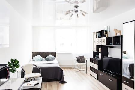 Студия в новых апартаментах. Центр.