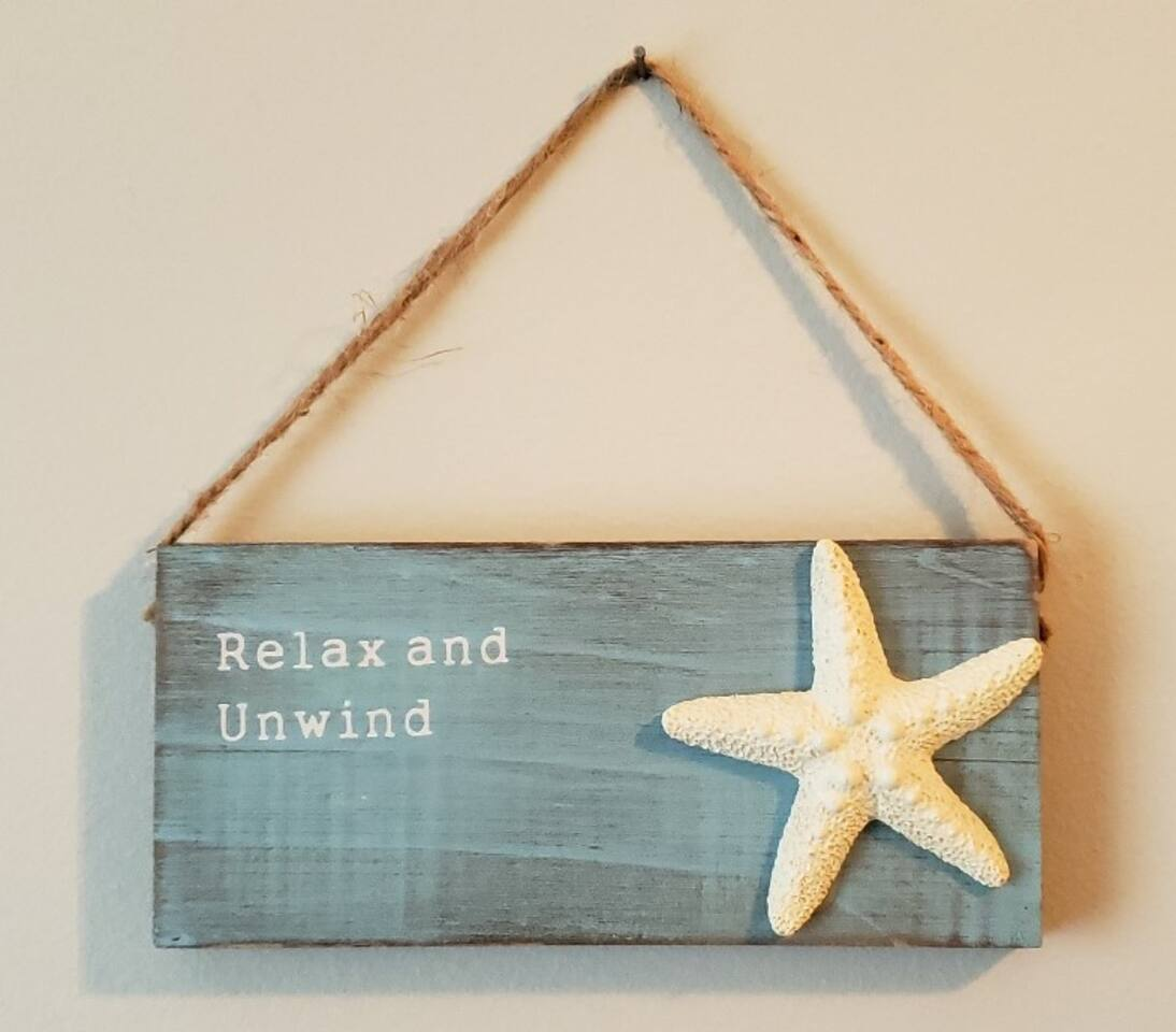 Welcome to Beachin' in Milton. We hope you choose our apartment to do exactly what the sign indicates...relax and unwind!