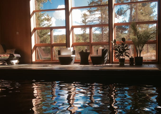 Rise & Shine, Love! Magical Mountain Water Temple - Nederland - Casa