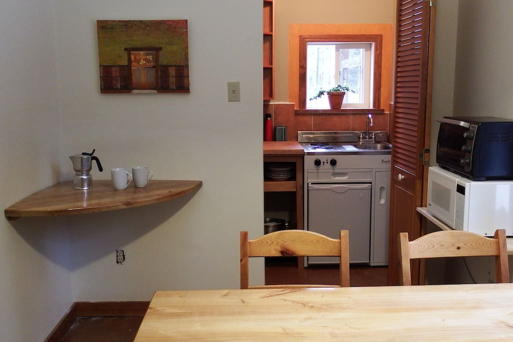 Kitchenette and dining - there is also a barbecue outside with an additional propane element