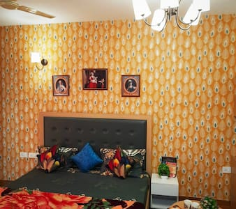 Noida airbnb