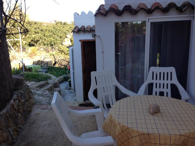 Altea casa 2 pax mar y.montaña 350€  week