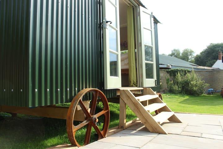 VIP Glamping Experience Shepherds Hut