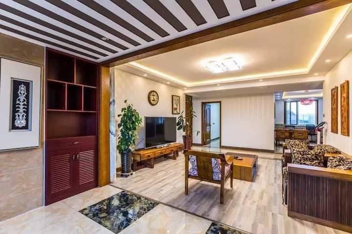 避暑山庄中式高档三室一厅麻将房