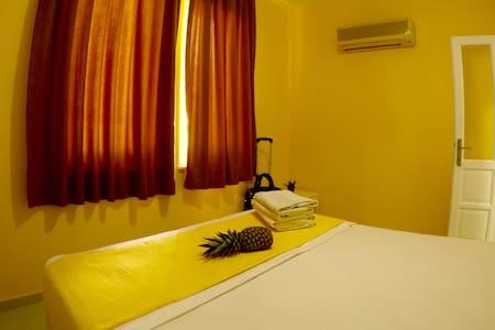 Bedroom w/ AC
