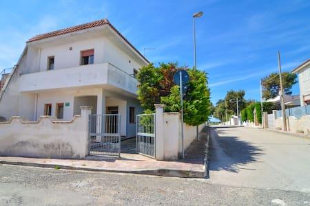 PORTOFINO, 2 camere cortile veranda - Campomarino