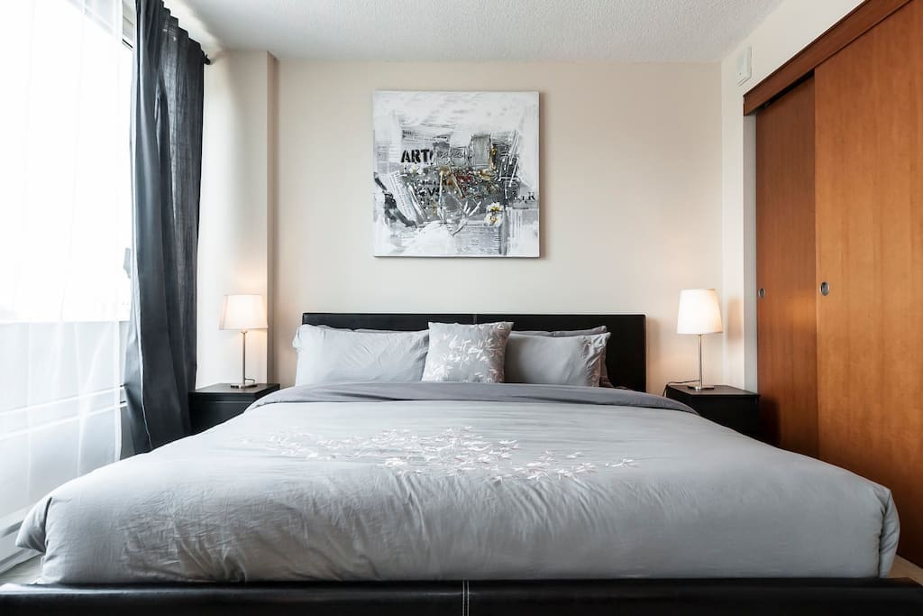 king size bed + wall art