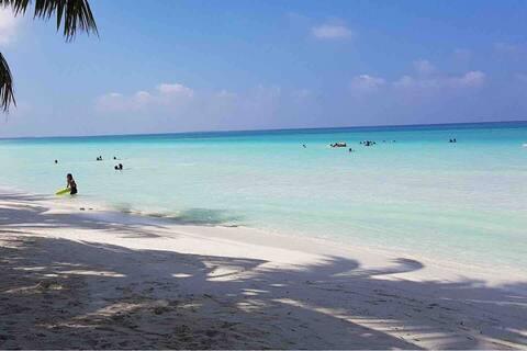 Holiday Home Maldives ( Laamu Atoll)