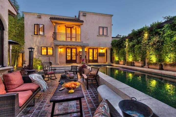 Luxurious Tuscan Villa