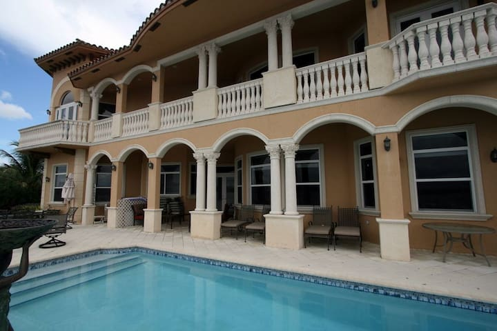Mansion on the Bay high end luxury property