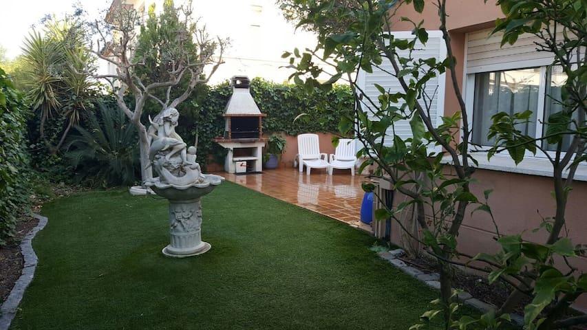 Nuevo,terraza/jardín a 200m playa! - Calafell