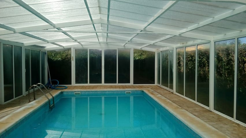 House with private pool - Husillos - Dom