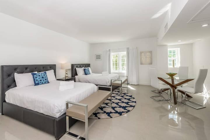 Belleza Miami Beach Double Studio