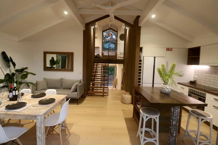 'DragonFly' Luxury Treetop House @ Oasis Resort