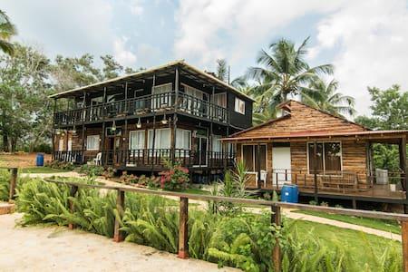Hostal ecologico Loma Pan De Azucar - Bayaguana - Kulübe