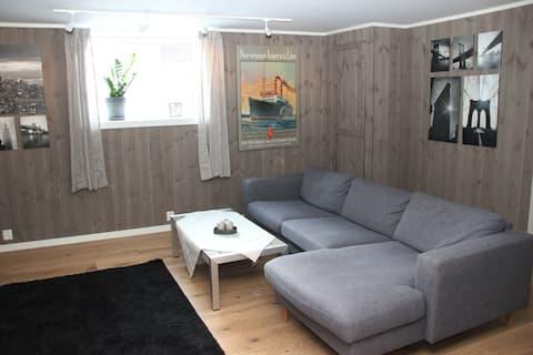 Ny og kjempekoselig leilighet, nær t-bane til Oslo