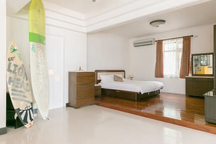 雙人無敵海景房 超大使用空間 Sea view-double room NT.2500 - 新北市 - Rumah