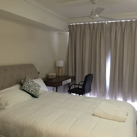 Luxury Studio Room in Cairns City