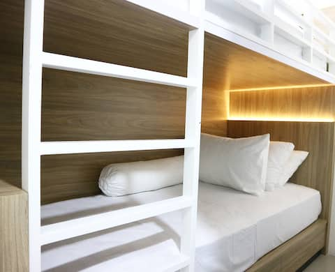 Cozy & Clean Room located in the heart of the City