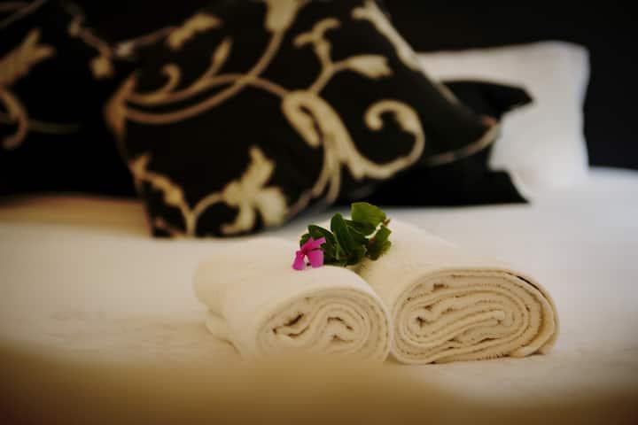 Almar View Guest House - Luxury Room