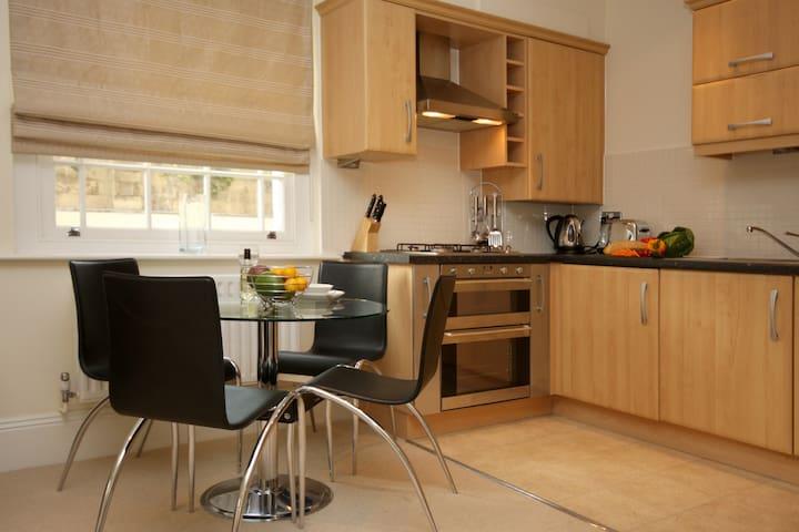 Eldon Lodge 1A Serviced Apartment, Free Wi-Fi